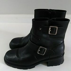 BASS BLACK LEATHER BIKER ANKLE BOOTS SIZE 7M